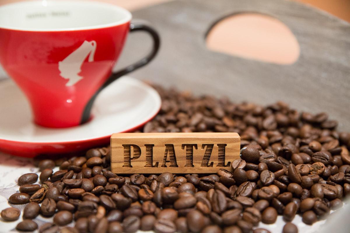 Produktfotografie für Café Pizzeria am Platzl Hafling